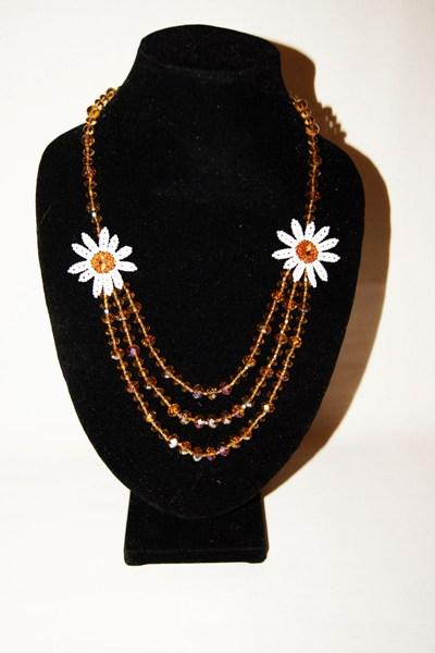 Бисероплетение для начинающих ожерелье - Делаем фенечки своими руками.